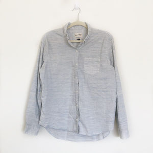 Universal Thread Blue Long Sleeve Button Down Top